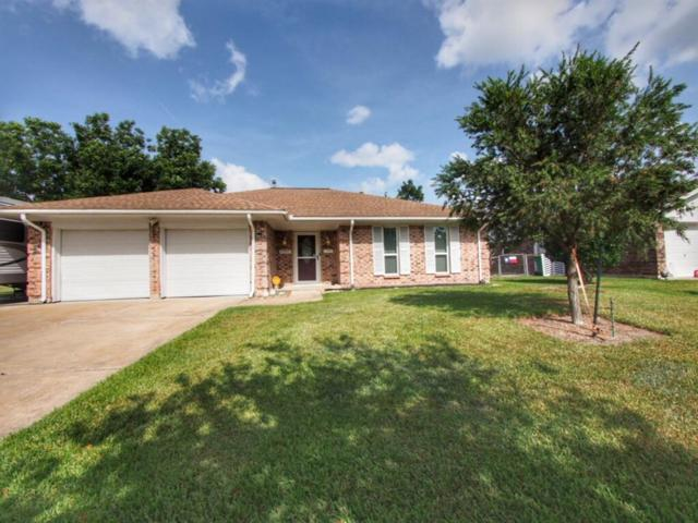 2903 Chester Drive, Pearland, TX 77584 (MLS #59069542) :: NewHomePrograms.com LLC