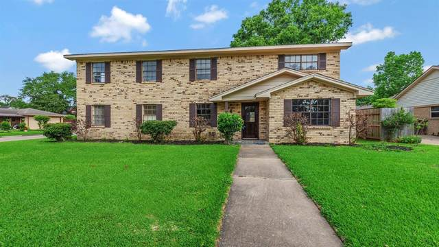4203 Shady Springs Drive, Seabrook, TX 77586 (MLS #59201922) :: Ellison Real Estate Team