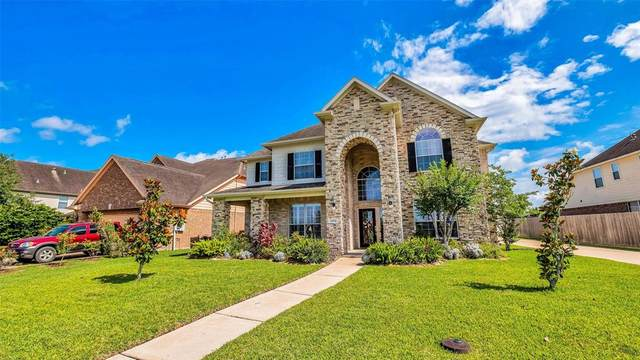 2504 Brittany Lakes Drive, League City, TX 77573 (MLS #59274463) :: Rachel Lee Realtor