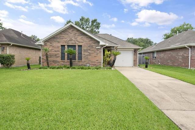 3059 Overland Trail, Dickinson, TX 77539 (MLS #59377961) :: The Freund Group