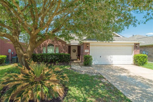32214 Decker Oaks Drive, Pinehurst, TX 77362 (MLS #59397652) :: Grayson-Patton Team