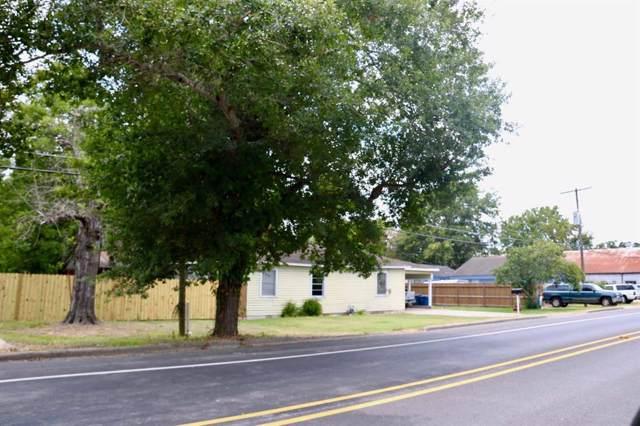 520 E Blackshear Street Street, Navasota, TX 77868 (MLS #59455160) :: Christy Buck Team