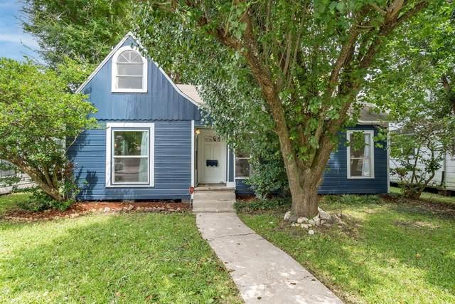 2606 Virginia Street, Baytown, TX 77520 (MLS #59549678) :: The Home Branch