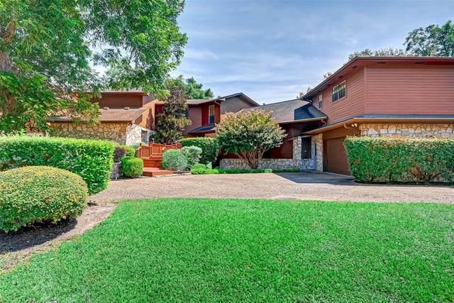 2110 Country Club Boulevard, Sugar Land, TX 77478 (MLS #59557517) :: Texas Home Shop Realty