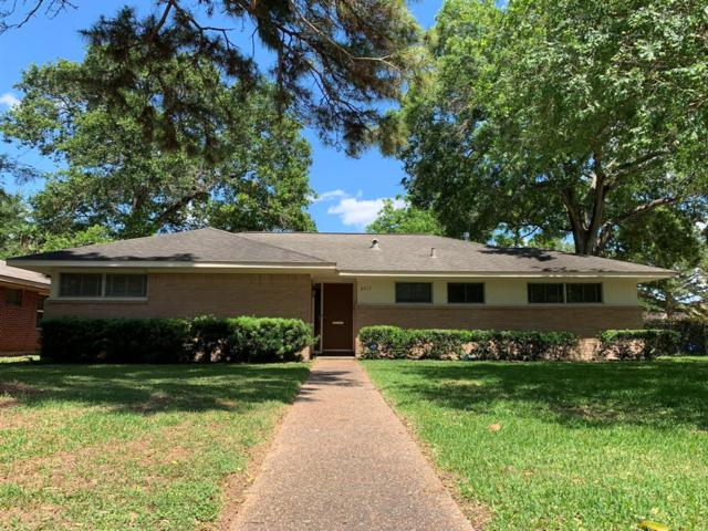 9917 Oboe Drive, Houston, TX 77025 (MLS #59673840) :: NewHomePrograms.com LLC
