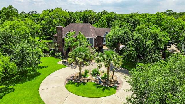 1914 E Winding Way Drive, Friendswood, TX 77546 (MLS #59705688) :: The Bly Team