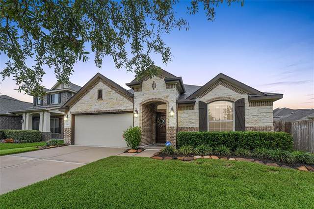 13203 Dover Bluff Drive, Rosharon, TX 77583 (MLS #59708569) :: Texas Home Shop Realty