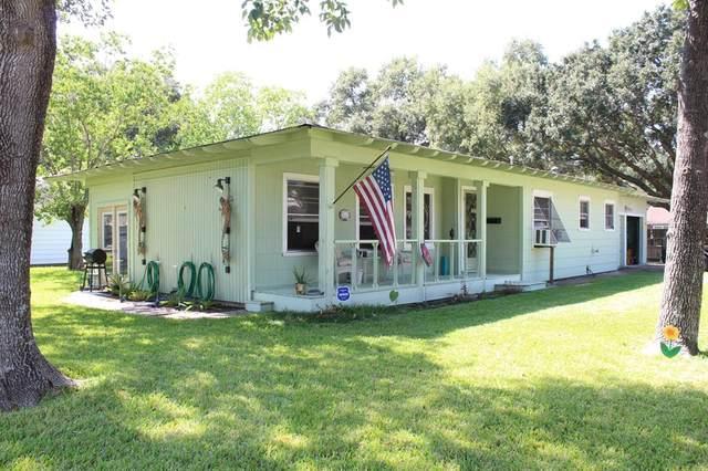 1401 South Street, El Campo, TX 77437 (MLS #59748654) :: Michele Harmon Team