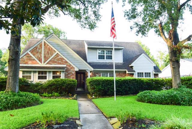 4303 Willow Hill Drive, Seabrook, TX 77586 (MLS #5980863) :: Ellison Real Estate Team