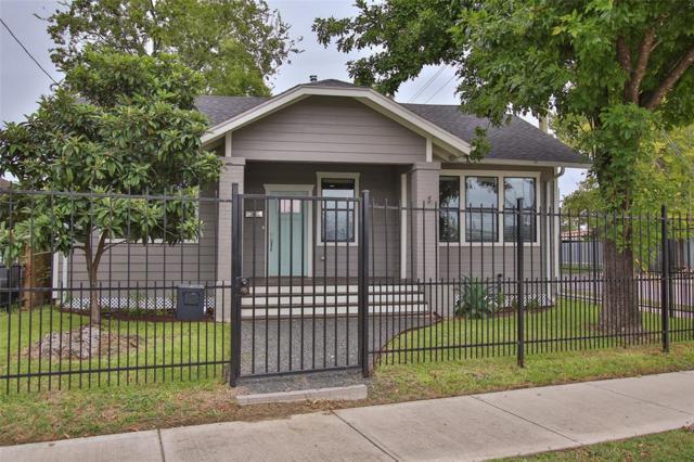 5819 Texas Street, Houston, TX 77011 (MLS #5988878) :: The Johnson Team