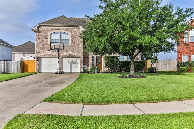 8210 Shady Grove Street, Baytown, TX 77523 (MLS #59938959) :: Ellison Real Estate Team
