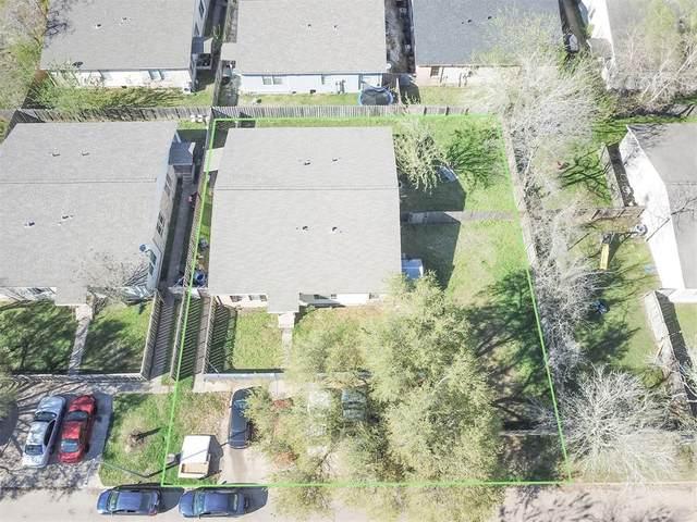 8 Carol Court, Brookshire, TX 77423 (MLS #60046118) :: The Home Branch