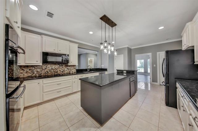 564 Landfall Lane, Conroe, TX 77302 (MLS #60097377) :: Magnolia Realty