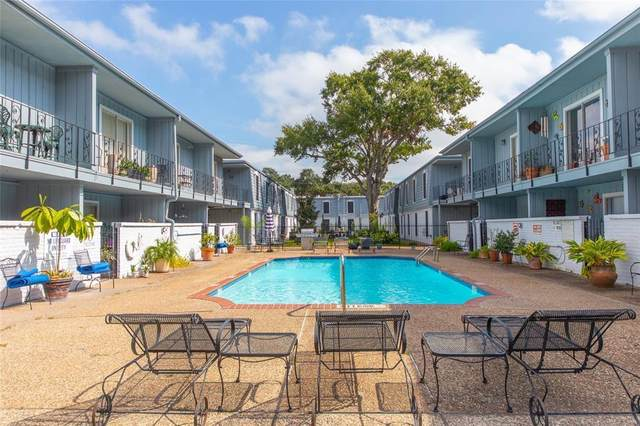 1901 S Voss Road #26, Houston, TX 77057 (MLS #6021566) :: The SOLD by George Team