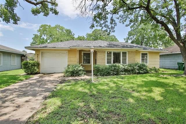 8617 Dunlap Street, Houston, TX 77074 (MLS #60215951) :: My BCS Home Real Estate Group