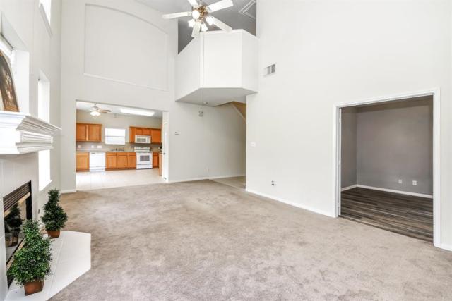 13707 Broad Oaks Lane, Rosharon, TX 77583 (MLS #6025710) :: The Heyl Group at Keller Williams