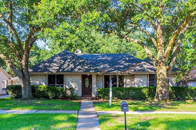 3026 Edgewood Drive, Sugar Land, TX 77479 (#60267708) :: ORO Realty