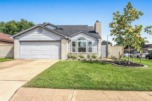 10702 Staghill Drive, Houston, TX 77064 (MLS #60297485) :: The Queen Team