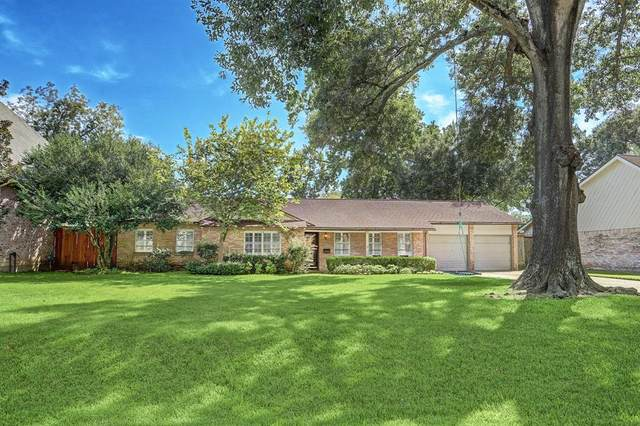 9013 Larston Street, Spring Valley Village, TX 77055 (MLS #60312766) :: Christy Buck Team