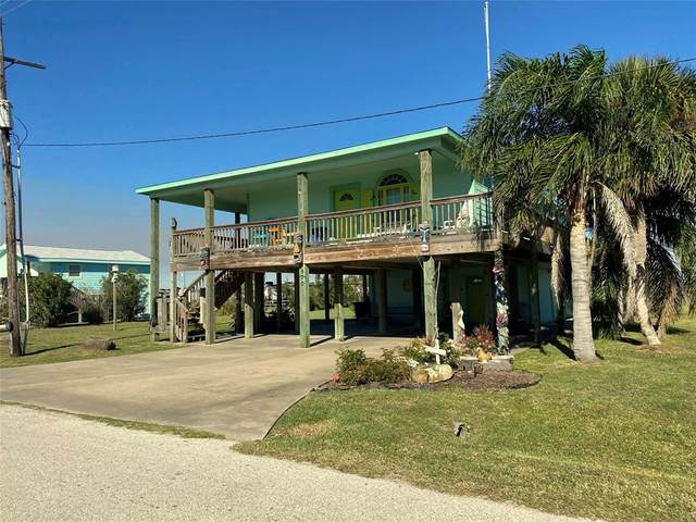 970 Wommack Drive, Crystal Beach, TX 77650 (MLS #60315883) :: The Home Branch