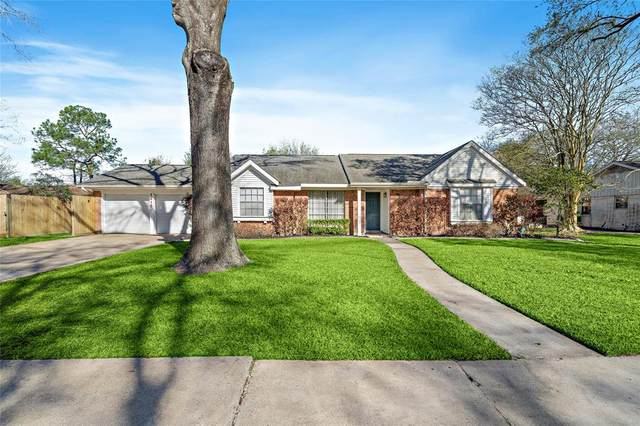 1415 Beachcomber Lane, Houston, TX 77062 (MLS #60349277) :: Christy Buck Team