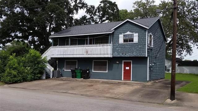 300 E Cedar Street, Angleton, TX 77515 (MLS #60363233) :: Caskey Realty