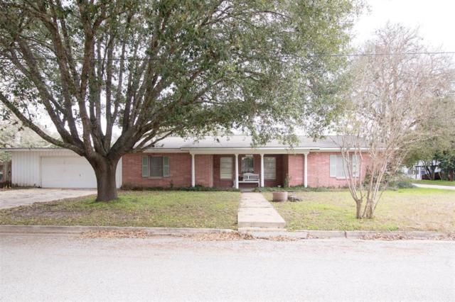 304 Jahnke Street, Gonzales, TX 78629 (MLS #6042341) :: Green Residential
