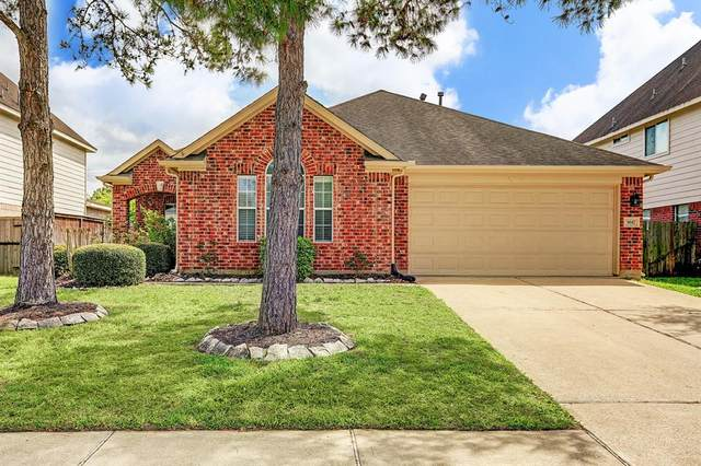 3617 Pine Valley Drive, Pearland, TX 77581 (MLS #60494250) :: Christy Buck Team