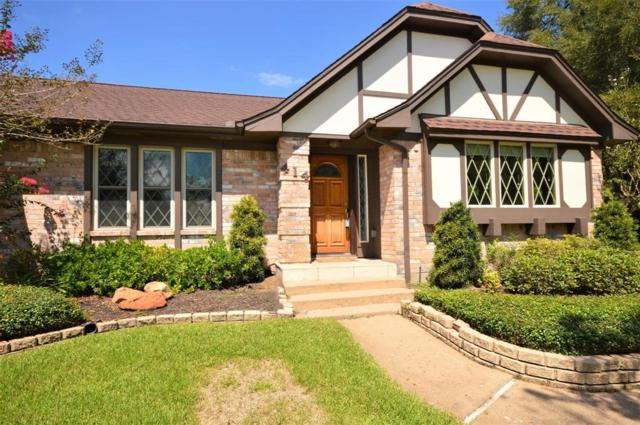 414 Colonial Drive, Friendswood, TX 77546 (MLS #60545586) :: The SOLD by George Team