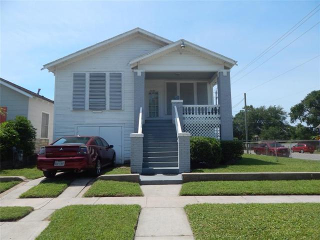 4627 Avenue P 1/2, Galveston, TX 77551 (MLS #60569406) :: The Parodi Team at Realty Associates