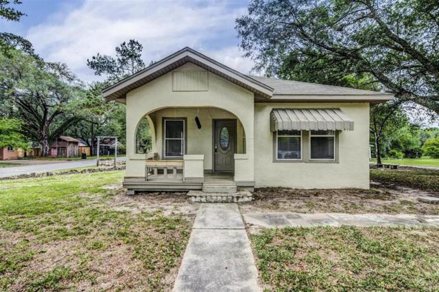 1616 N Travis Street, Liberty, TX 77575 (MLS #60635320) :: Texas Home Shop Realty