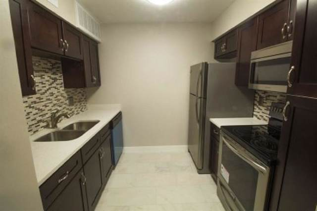 845 Augusta Drive #30, Houston, TX 77057 (MLS #60667176) :: CORE Realty