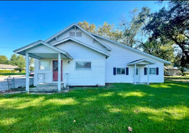 301 E Dallas Street, Cleveland, TX 77327 (MLS #60672036) :: All Cities USA Realty