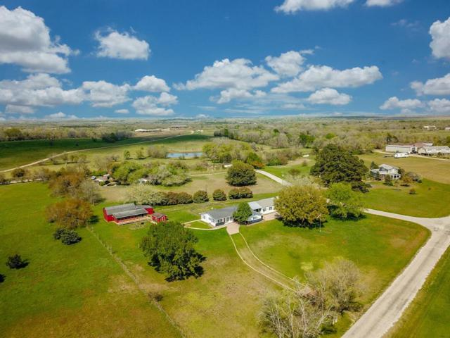 9015 Lake Drive, Chappell Hill, TX 77426 (MLS #60722343) :: Magnolia Realty