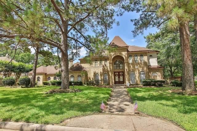 1710 Scenic Shore Drive, Kingwood, TX 77345 (MLS #60739304) :: The Wendy Sherman Team