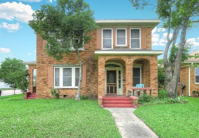 1628 46th Street Street, Galveston, TX 77551 (MLS #60759174) :: Rose Above Realty