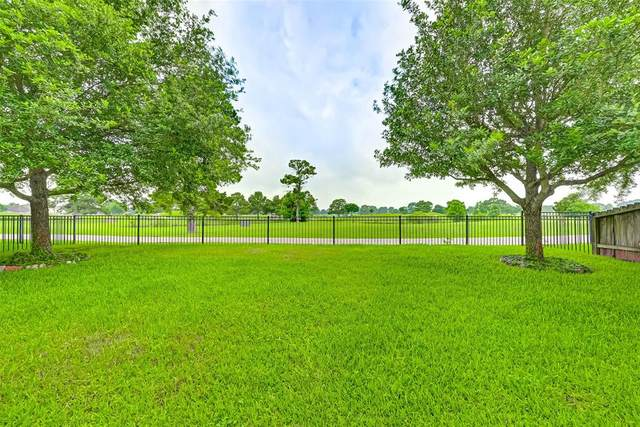 18635 Cypress Lake Village Dr, Cypress, TX 77429 (MLS #60779274) :: The Property Guys