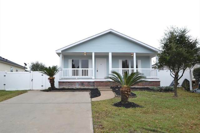 10007 Summerberry Lane, Tomball, TX 77375 (MLS #60796611) :: The Wendy Sherman Team