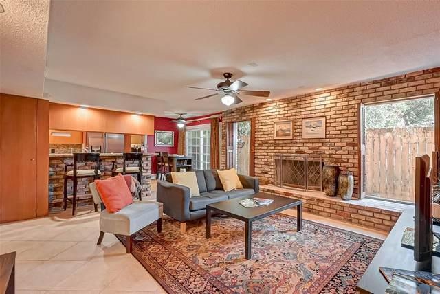1849 Marshall Street #8, Houston, TX 77098 (MLS #60800802) :: NewHomePrograms.com