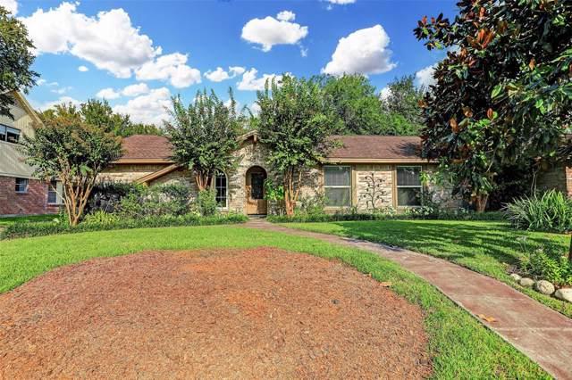 15619 Wandering Trail, Friendswood, TX 77546 (MLS #60915004) :: Caskey Realty