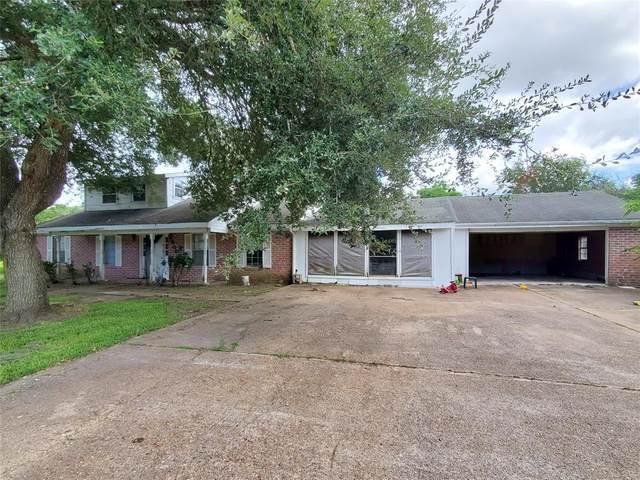 500 E Davitt Street, Eagle Lake, TX 77434 (MLS #61143327) :: The Bly Team