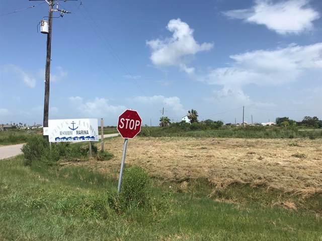 1210 Bay Vue Road, Crystal Beach, TX 77650 (MLS #61161281) :: My BCS Home Real Estate Group
