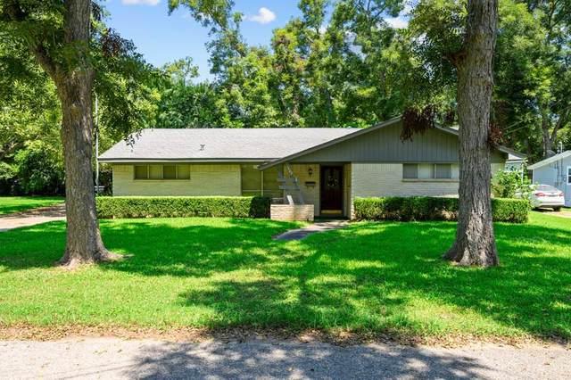 1407 Prairie Street, Columbus, TX 78934 (MLS #61231237) :: The SOLD by George Team