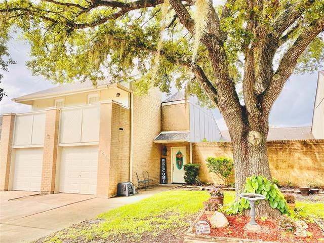 1821 Veranda Drive Drive, West Columbia, TX 77486 (MLS #61298549) :: The Freund Group