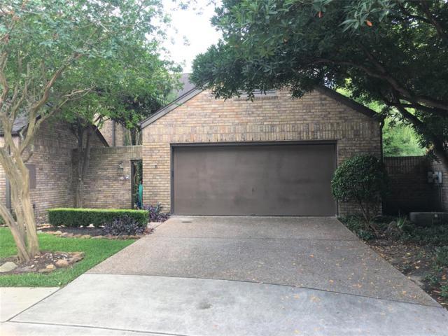 13 Town Oaks Place, Bellaire, TX 77401 (MLS #61338855) :: Keller Williams Realty