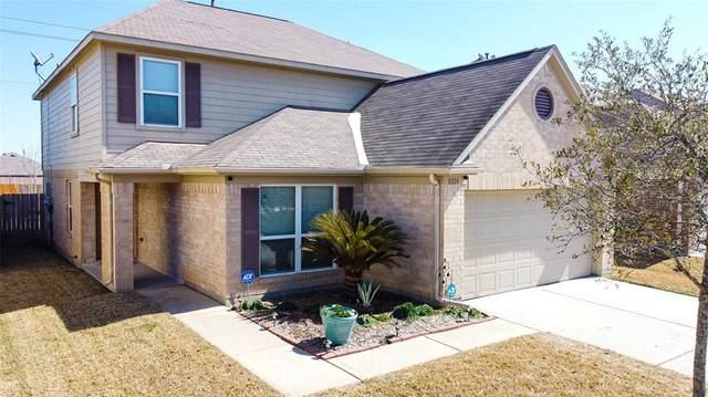 8114 Rosemary Drive, Baytown, TX 77521 (MLS #61471725) :: Michele Harmon Team