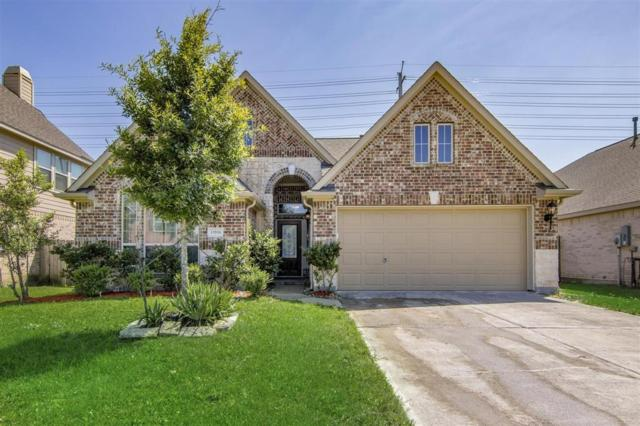 13516 Mooring Pointe Drive, Pearland, TX 77584 (MLS #61481935) :: The Heyl Group at Keller Williams
