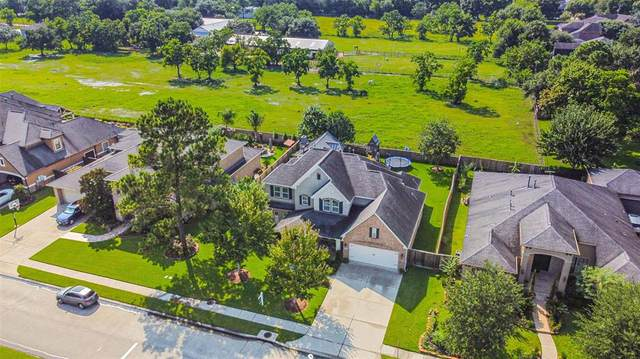 516 Northview Drive, Friendswood, TX 77546 (MLS #61632602) :: The SOLD by George Team