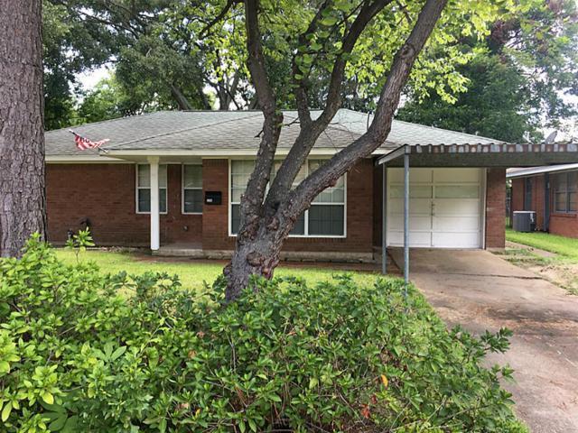 226 Robin Street, Deer Park, TX 77536 (MLS #61716474) :: Christy Buck Team