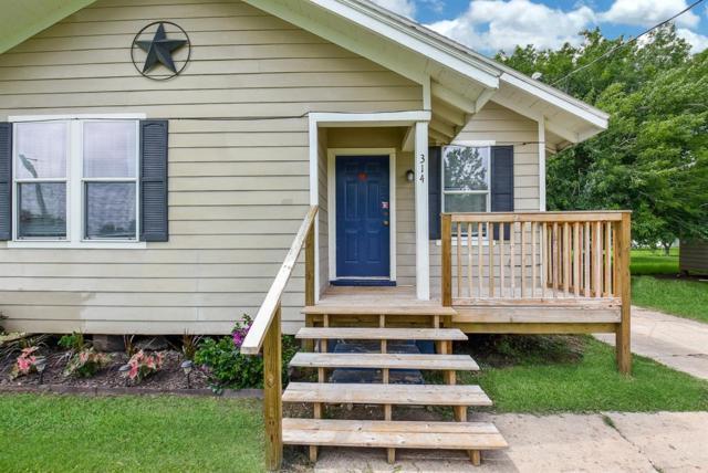 314 Stavena Road, Wharton, TX 77488 (MLS #61929582) :: Texas Home Shop Realty